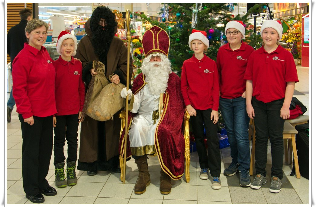 accordeonissimos, Nikolaus und Krampus im Poinger City Center
